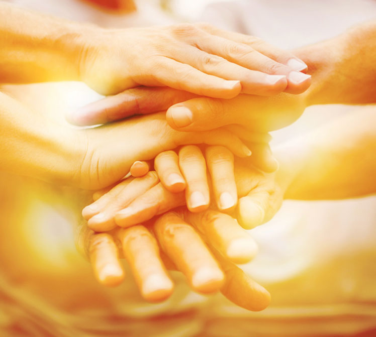 volunteer-pucture-stacked-hands